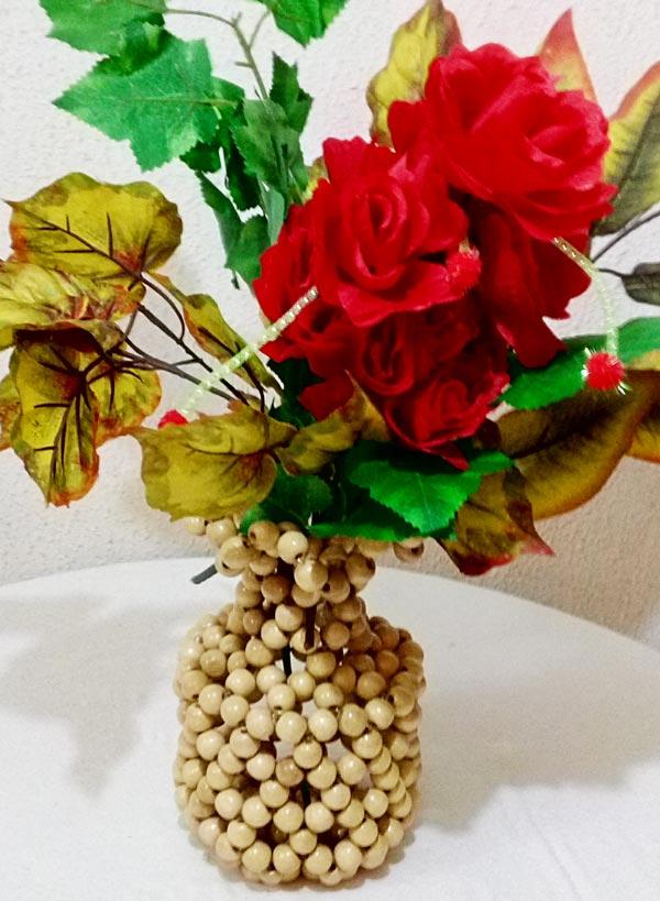 Wooden beaded flower vase & Beaded Flower Vases \u2013 \u201cUje Classic\u201d Design \u2013 Xclusive Product Shop