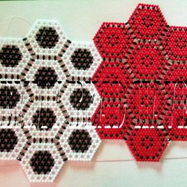 Divine Hexagonal Beaded Mat Design